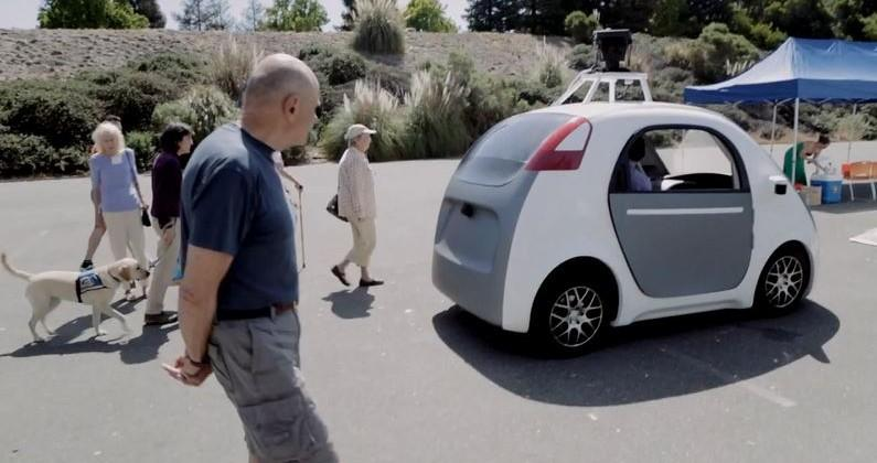 Google self-driving car loses controls for pod pilot
