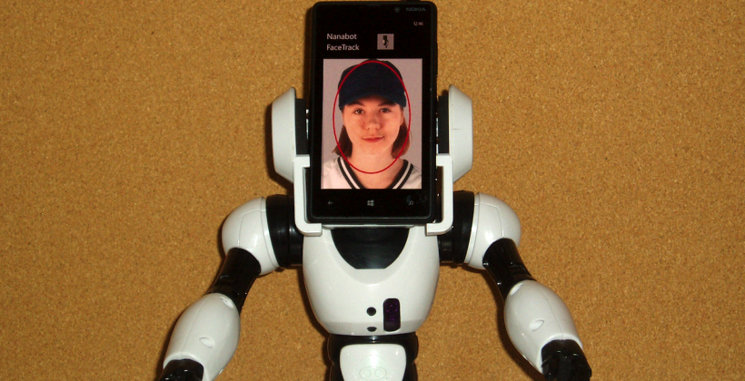 Nanabot to turn Windows Phone into robot brain