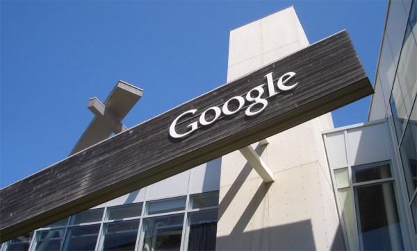 Google patents smartphone/notebook computer duo