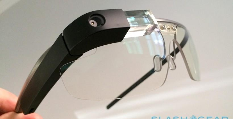 Glass's first public sales booth hawked wearable to golfers