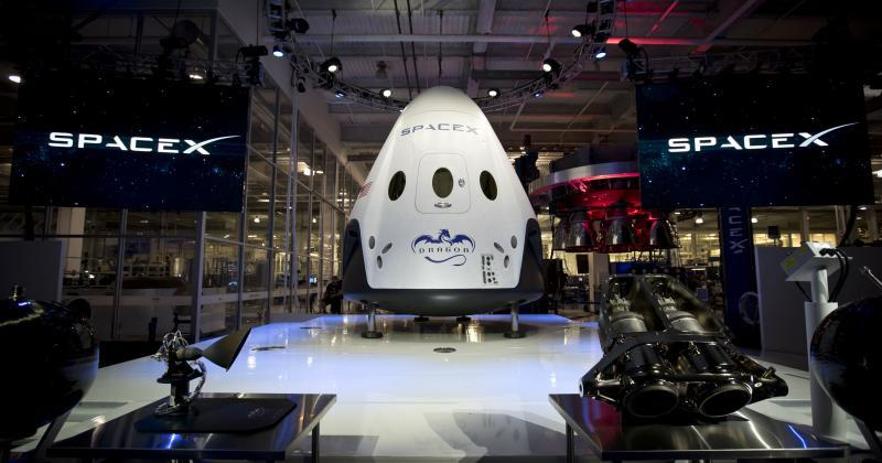 SpaceX Dragon V2 designed for humans and reusabiility