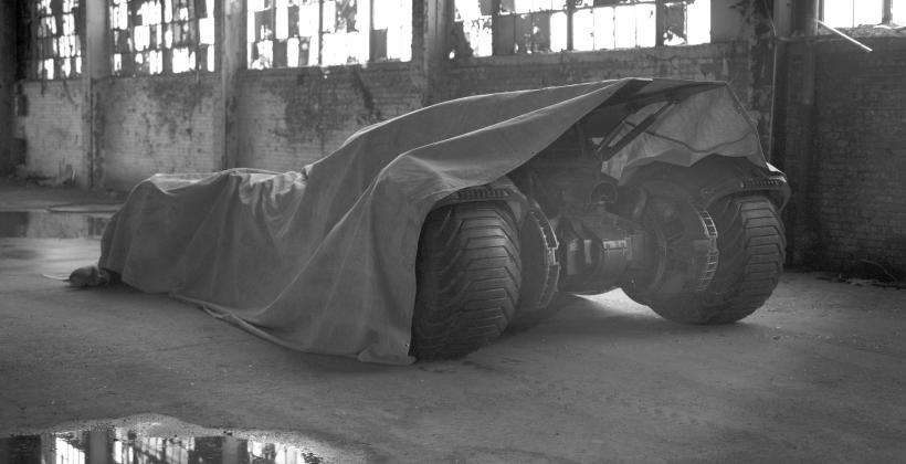 Batman vs Superman Batmobile detailed in HD