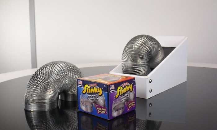 Project NESM puts your Slinky on a mesmerizing treadmill