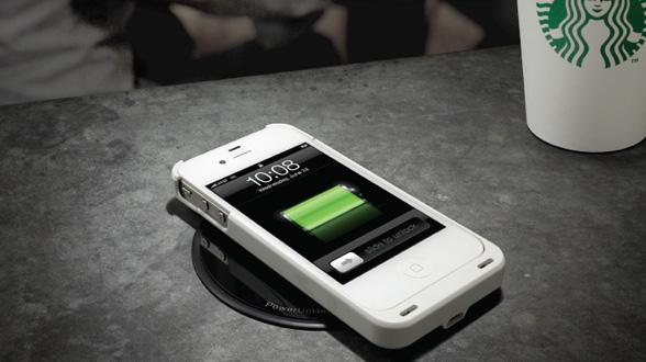 Starbucks rolling out wireless charging stations