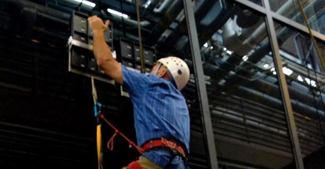 DARPA Z-Man project shows how man can climb like geckos