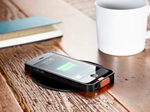 purchase cheap 289a3 3587c How to charge your iPhone wirelessly at Starbucks - SlashGear