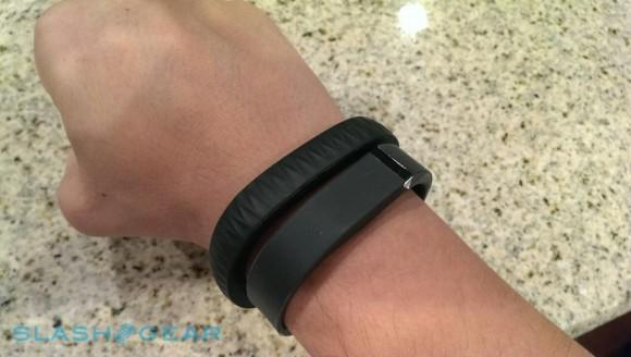 FitBit patent applications hint at smartphone control and more