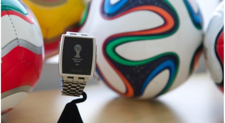 Pebble World Cup 2014 app keeps fans in the loop