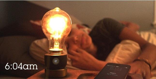 Emberlight smart socket lets you control any light bulb over WiFi