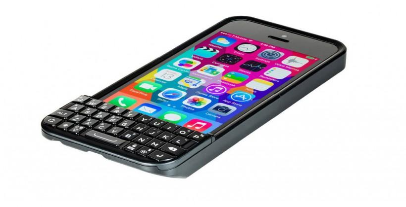 iPhone BlackBerry keyboard case returns in Typo 2