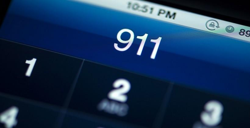 FCC says all carriers must support 911 texting by year's end