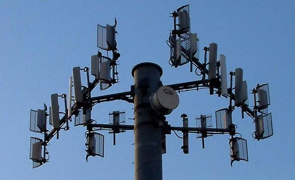 Who has the best public WiFi? OpenSignal tells us
