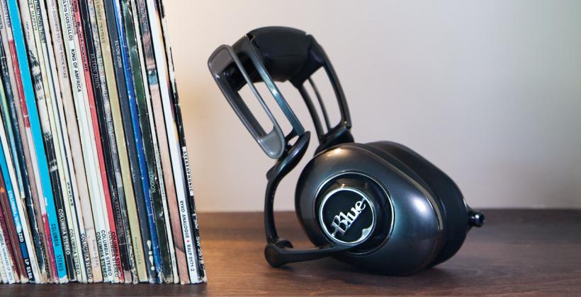 Blue Microphones' Mo-Fi headphones bake in the amp