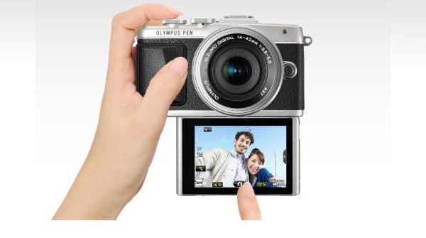 Olympus PEN E-PL7 tries to appeal to selfie lovers