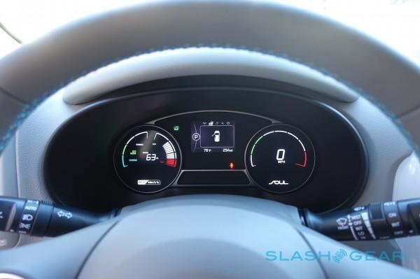 2015-kia-soul-ev-first-drive-sg-18