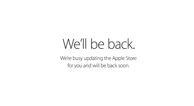 The Apple Store is down: here we go!