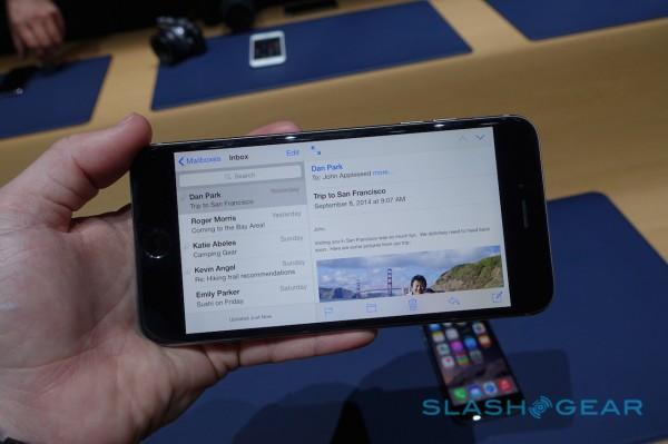 apple-iphone-6-6-plus-hands-on-sg-25