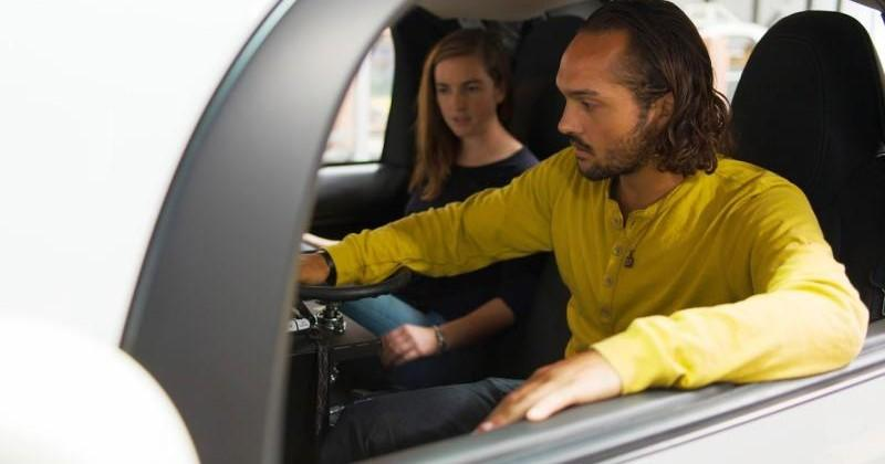 Google Self-driving car gets temporary steering wheels