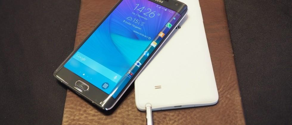 Samsung Galaxy Note Edge hands-on: Phablet meets curved OLED