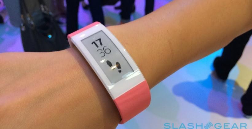 Sony SmartBand Talk hands-on: Chatty E-Ink for your wrist