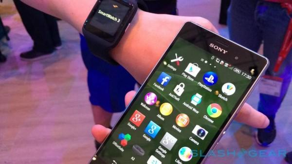 Distracted driving laws stretch to your smartwatch