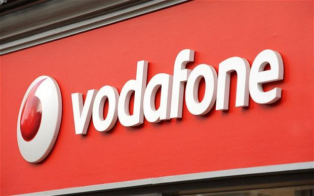 Vodafone buys Phones4U, saves hundreds of jobs