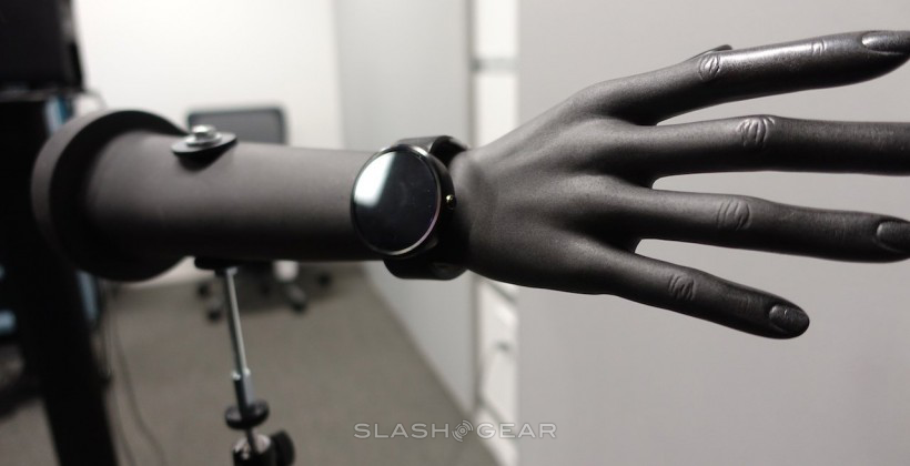 Will Apple's iWatch look like Moto's old 360?