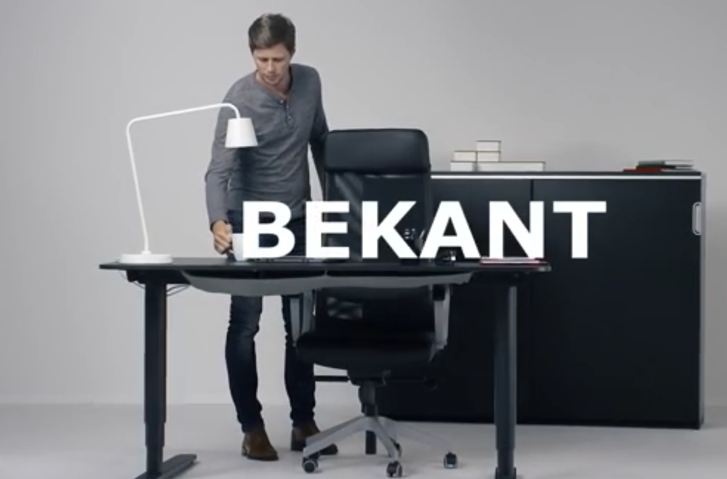 Ikea Bekant White Sit Stand Desk Office Adjust Electrically 490.225.38