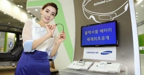 Samsung showcases flexible batteries, ready in a few years