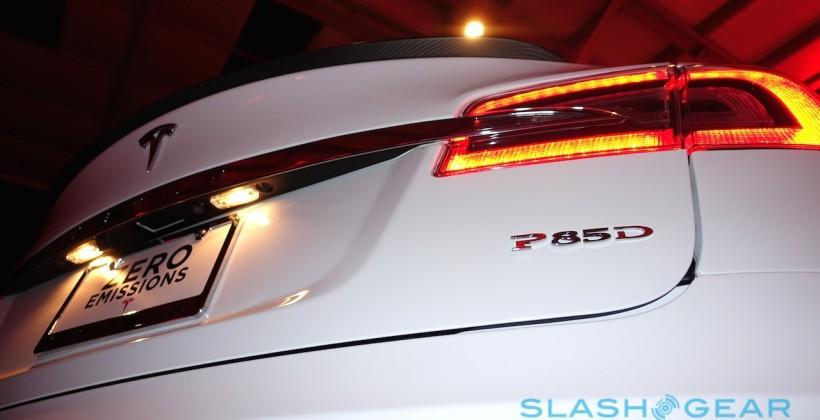 "Tesla Model S ""D"" adds AWD: Self-driving Auto-Pilot"