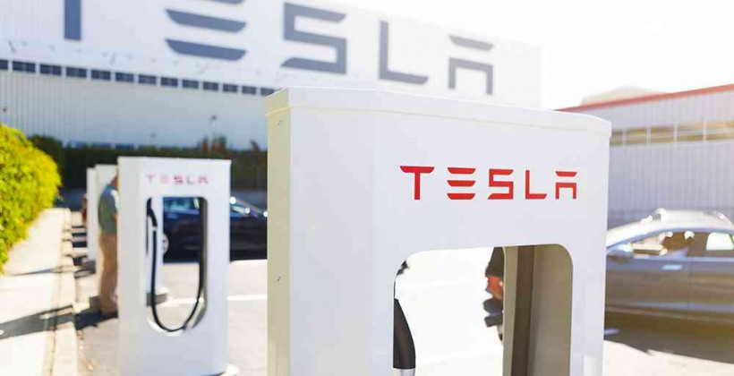 Tesla's first battery-swap station opening by year-end