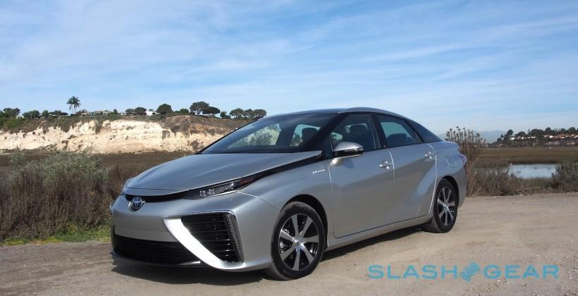 2016 Toyota Mirai First-Drive – Fuel-Cells Dawning