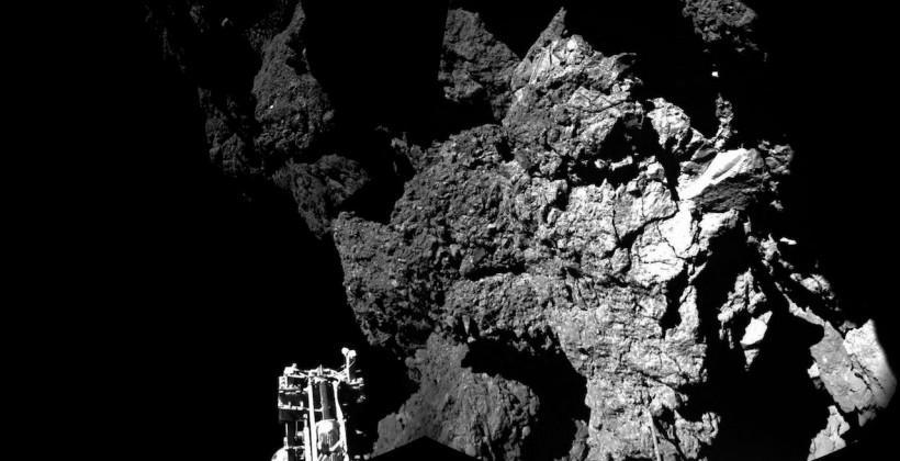 Rosetta lander sends comet postcard (but there's a problem)