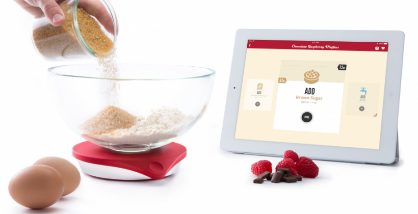 Drop connected kitchen scale bakes with your iPad