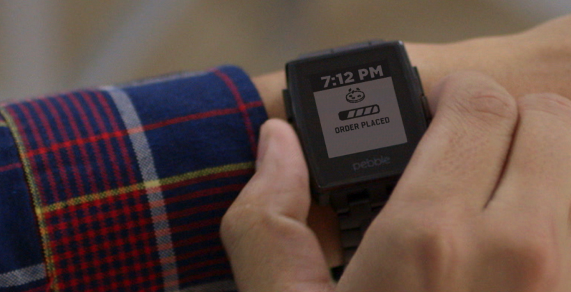 Pebble's Domino's app tracks deep dish from your wrist