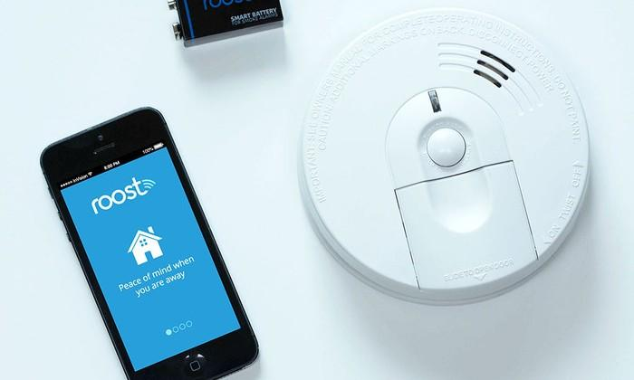 Roost battery makes your dumb smoke detector smarter