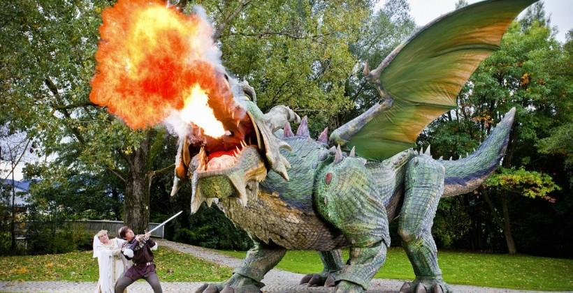 This walking, 56-foot-long dragon is the world's largest robot