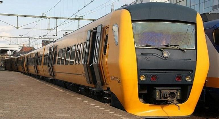 Netherland trains to be equipped with track-clearing lasers