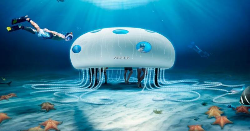 Sony Xperia Aquatech store requires SCUBA diving lessons