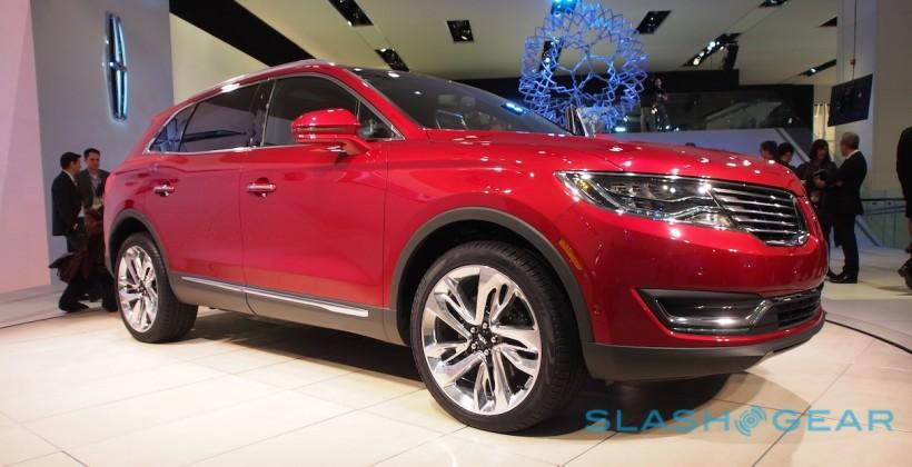 Lincoln courts SUV luxe-lovers with 2016 MKX