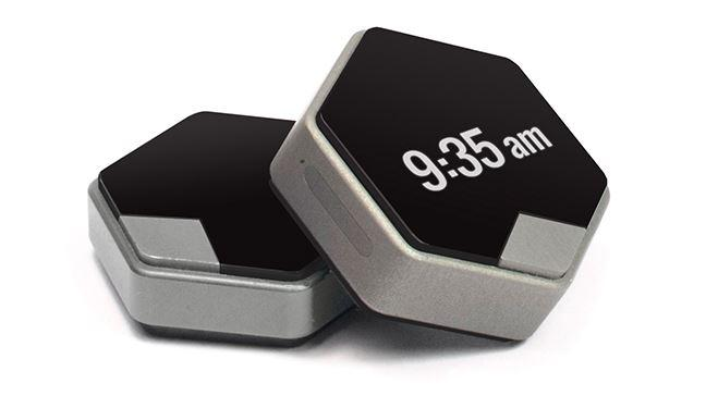 HIRIS 'wearable computer': home automation control on your wrist