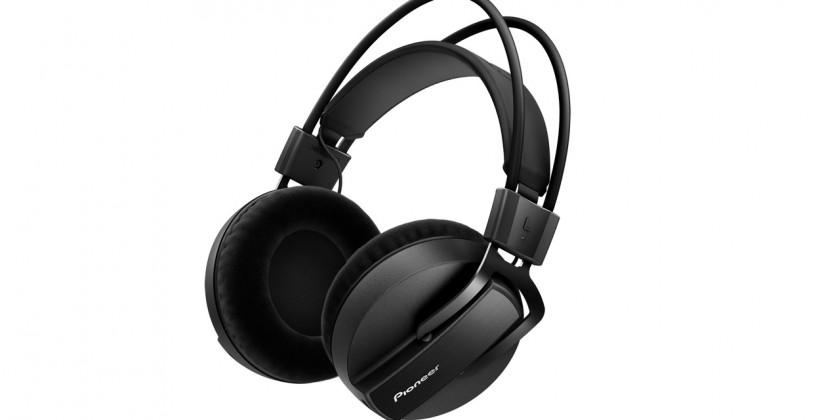 Pioneer HRM-7 headphones arrive in March for discerning music lovers
