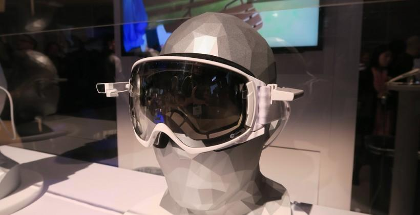 Sony SmartEyeglass Attach hands-on: any glasses made smart