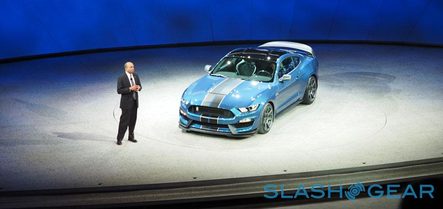 P1126602-Ford-GT350-NAIAS-2015