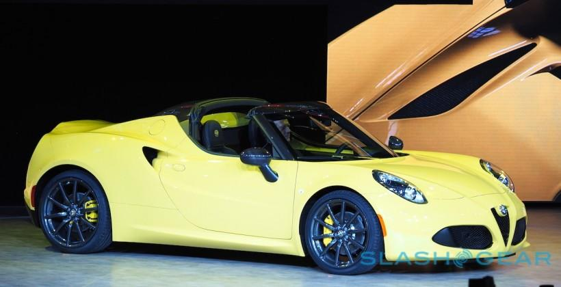 Alfa Romeo 4C Spider ditches roof, cranks up exhaust