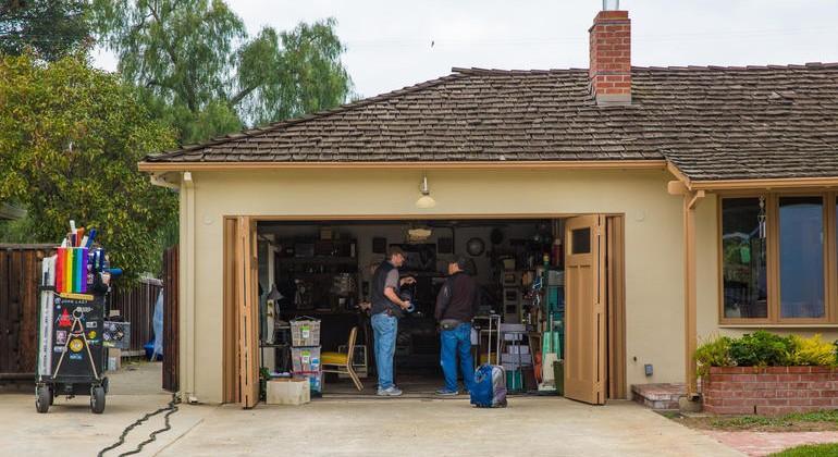 Steve Jobs biopic begins filming in his childhood garage