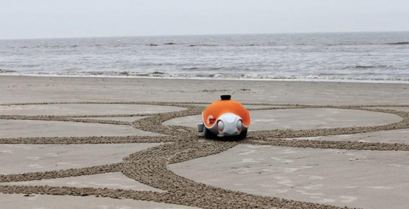 Disney Beachbot draws in the sand