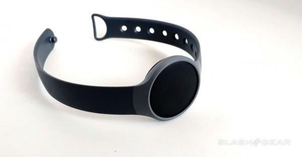 Misfit Flash fitness wearable now also a connected life gadget