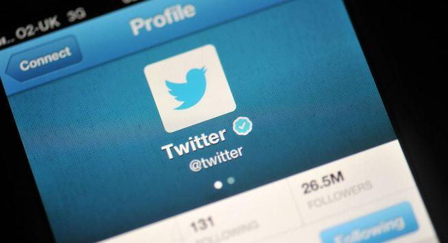 Twitter rolls out tweet translation feature