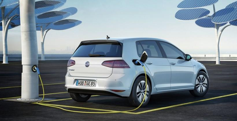 VW Trained Parking turns e-Golf into its own valet